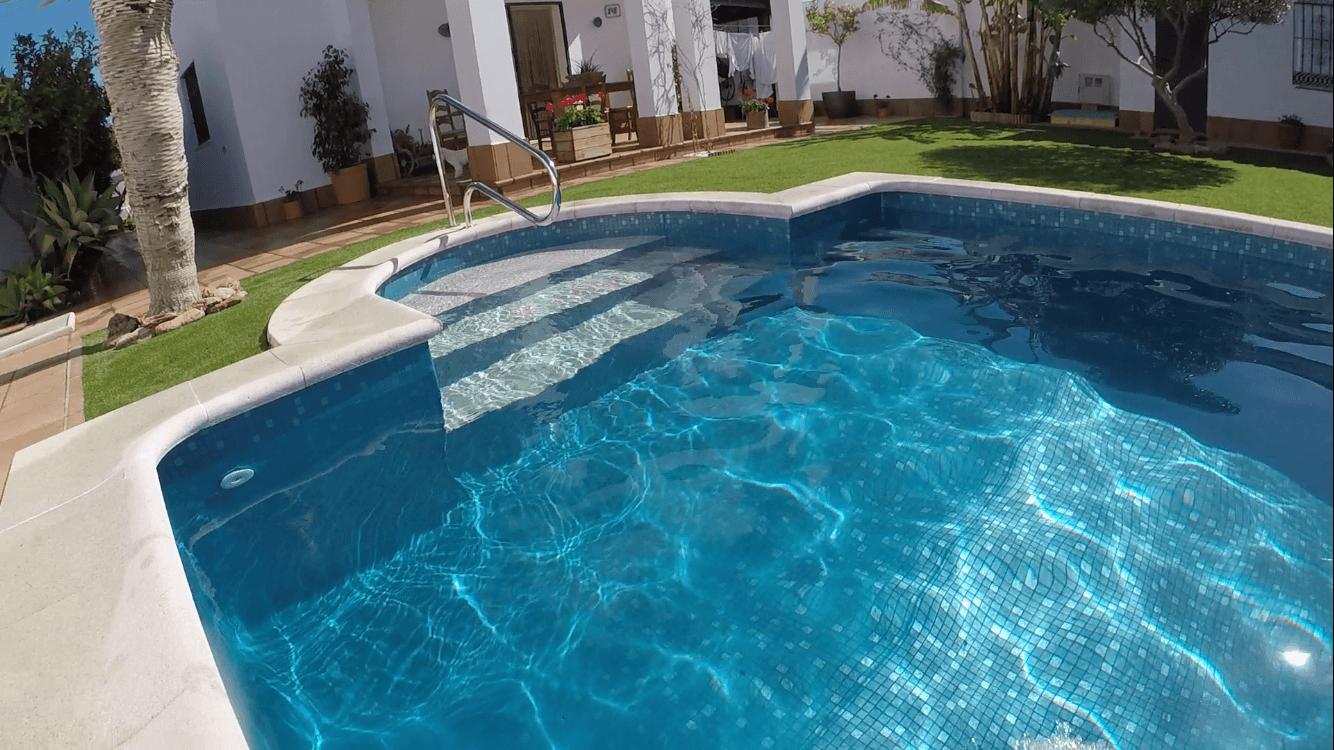 Reparaci n piscina reparaci n fuga agua piscina - Coste mantenimiento piscina ...