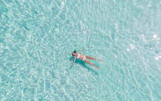 beneficios-piscina-en-casa-renovapiscinas