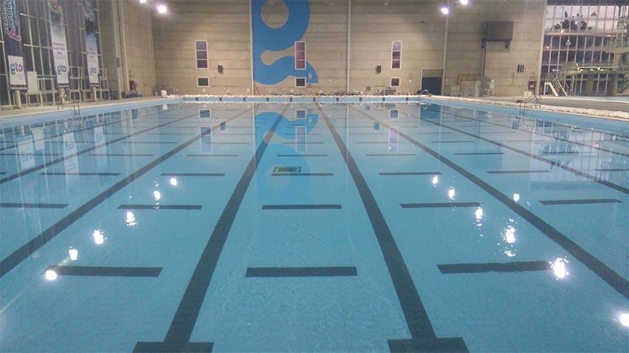 piscina-publica-fugas-agua-renovapiscinas